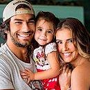 Hugo, Deborah e a filha