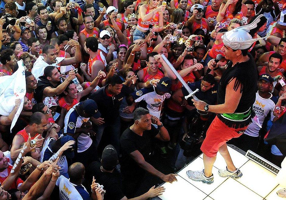 Cenas de Carnaval: Durval Lélys, o arteiro