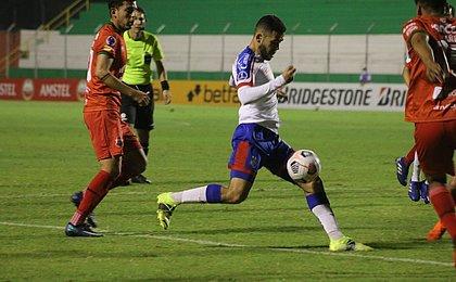Patrick comemora triunfo do Bahia, mas pede foco no Independiente
