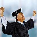 Para o público longevo, a qualificação é um dos maiores desafios na tentativa de retorno ao trabalho