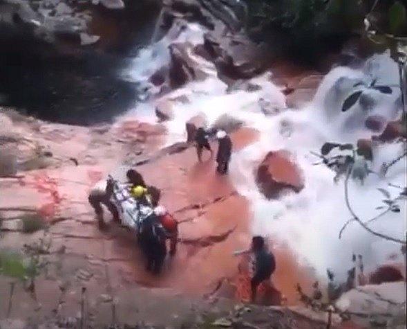 Bombeiros encontram corpo de francês que se perdeu em trilha do Capão