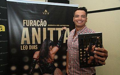 'Foi uma loucura esta empreitada e ter a ideia de contar uma história como essa', afirma Leo Dias