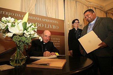Em 2019, Dom Murilo lançou livro histórico com documentos de fundação e outros registros da Arquidiocese de Salvador