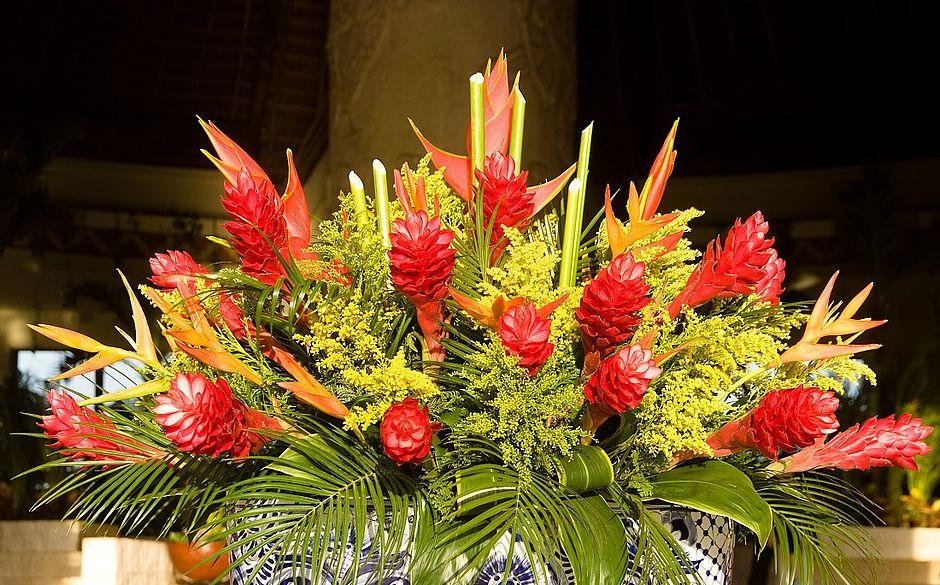 Oficina Ensina A Montar Arranjo De Flores Para Decorar A Casa