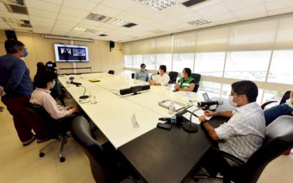 Prefeito se reuniu com jornalistas numa coletiva online para lançar a plataforma