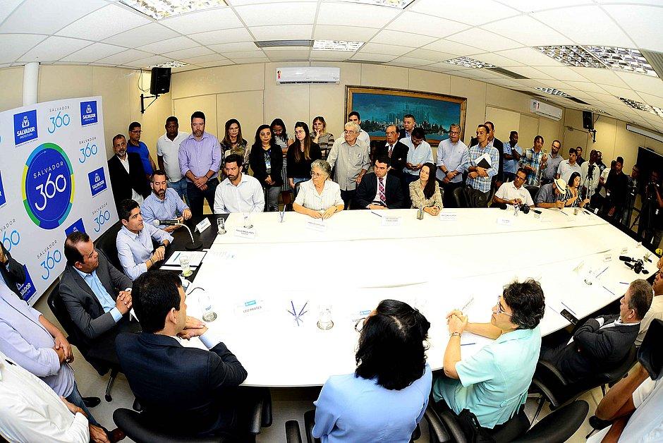 Hospital Sagrada Família fará 30 partos de risco por mês em Salvador