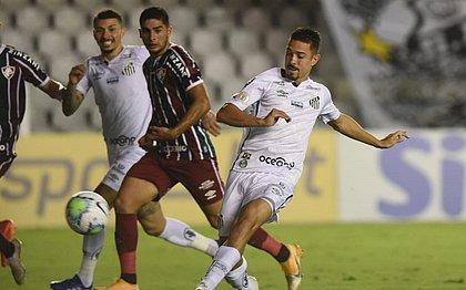Jean Mota fez o gol de empate do Santos com o Fluminense