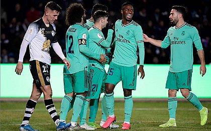 Sem brilho, Real Madrid vence e vai às oitavas da Copa do Rei