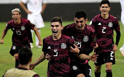 Johan Vasquez marcou um dos gols do México sobre o Canadá