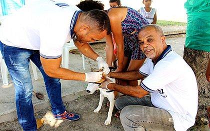 Vacina vai estar disponível em mais de 92 postos da capital. Já os drives instalados na Fonte Nova e na Praça do Sol, em Periperi começam a operar no dia 28 de agosto