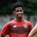 Recuperado de contusão, Ewandro volta a treinar com bola na Toca do Leão