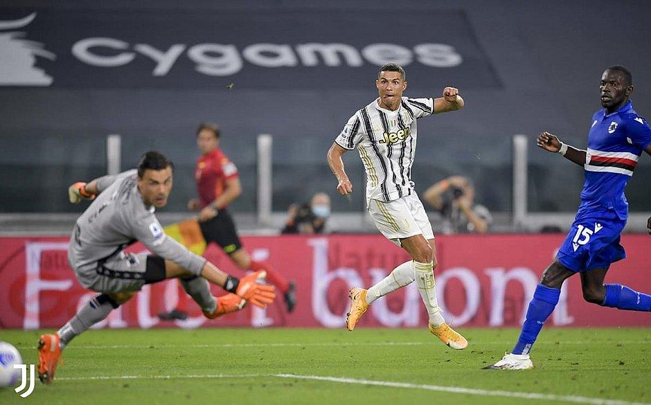 Cristiano Ronaldo marcou um dos gols da vitória da Juventus sobre Sampdoria