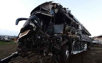 Sul da BA: Cinco morrem e dez ficam feridos em acidente com ônibus