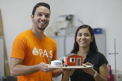 Sistema criado por Anna Luísa e sua equipe de pesquisadores voluntários é acoplado às cisternas de bomba manual