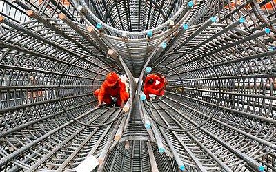 Fábrica de Aço Kuwait Global na cidade do Kuwait.