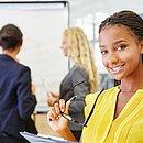 Os estágios são excelentes oportunidades para incrementar o currículo e possibilita aprendizados que não estão nas escolas