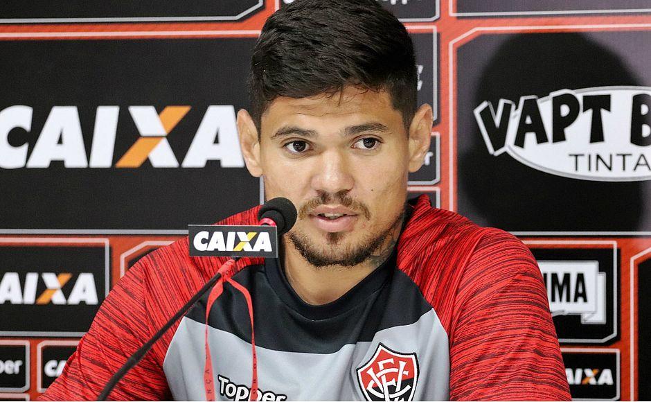 Léo Ceará lembra que foi proibido de treinar no Barradão - Jornal ... 2b405fa943922