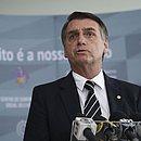 Presidente Jair Bolsonaro assinou Medida Provisória que aumenta jornada de trabalho de bancários e bancos podem funcionar aos sábados. (Foto: José Cruz/Agência Brasil)