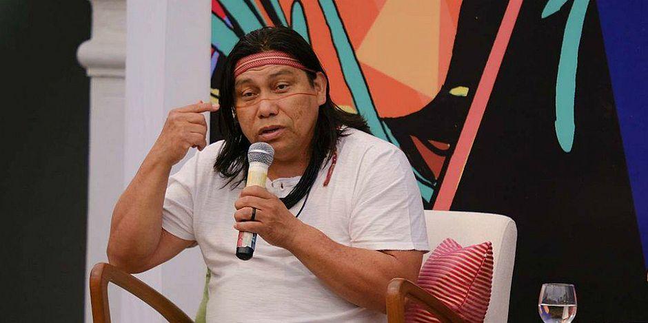 'Não existem índios no Brasil', diz o escritor Daniel Munduruku