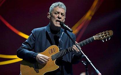'Não assinatura de Bolsonaro é para mim um 2º prêmio Camões', diz Chico