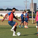 Elton foi testado no lugar de Gregore e pode ser novidade no Bahia diante do Flamengo
