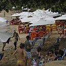 Praia do Forte ficou cheia, mesmo sendo uma das regiões mais atingidas pelas manchas de óleo
