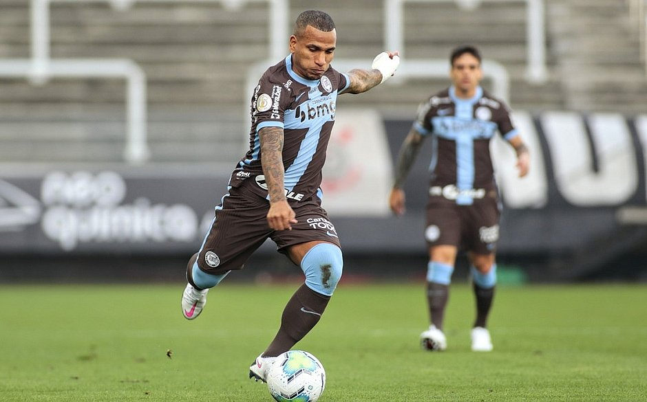 Corinthians nunca havia levado cinco gols na Neo Química Arena