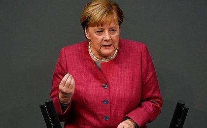 Alemanha visa extensão do lockdown para combater nova variante do coronavírus