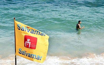 Salvador tem 28 afogamentos e 12 crianças perdidas em praias neste fim de semana