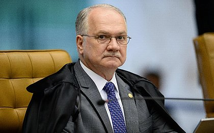 Fachin rejeita pedido de Aécio para suspender afastamento do Senado