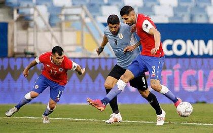 Suárez marcou o gol de empate do Uruguai contra o Chile