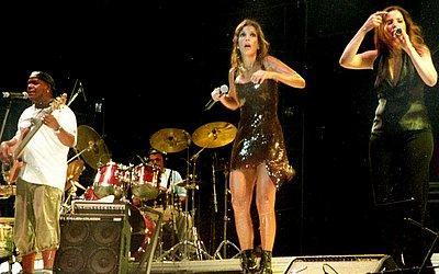 Em 2002, a cantora bombava com Festa, um dos maiores hits da sua carreira. Música foi lançada meses antes do FV
