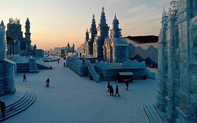Cidade de gelo no Festival anual Harbin Ice, na província de Heilongjiang, no nordeste da China.