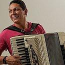 Targino Gondim faz live junina no dia 23