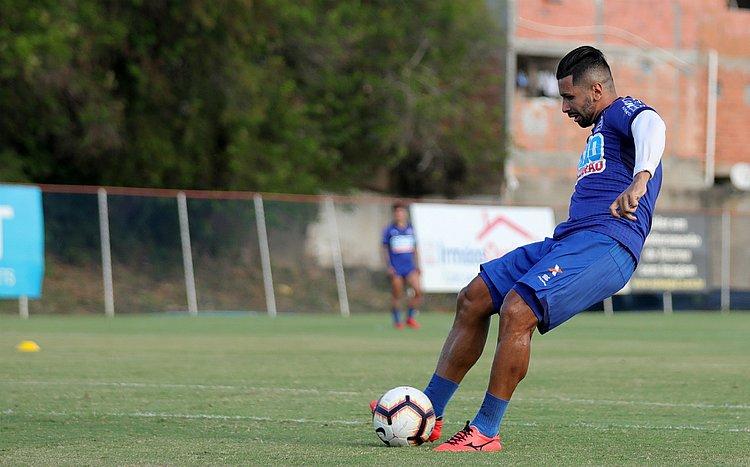 Enderson indica saída de Guilherme do Bahia: 'teve oportunidade'