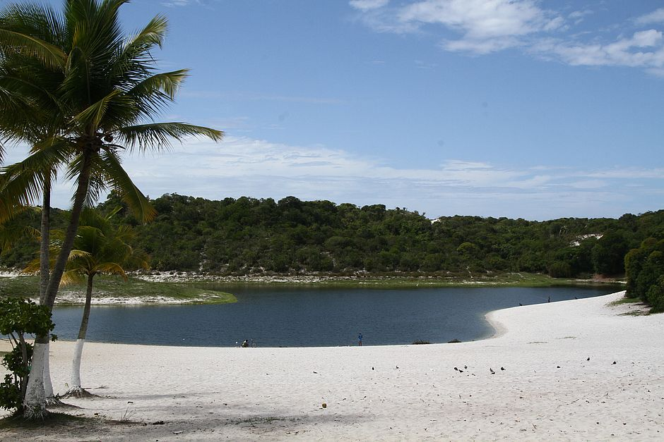 Debandada do Abaeté: há 11 anos, ônibus de turismo não param na região da lagoa