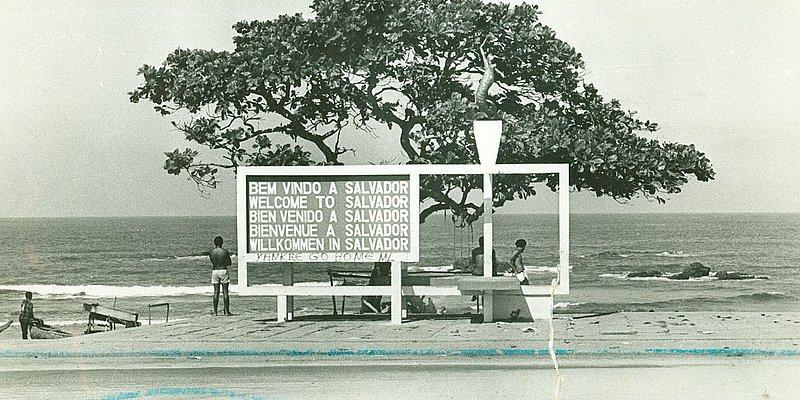 Veja quarenta anos de praias de Salvador em fotos