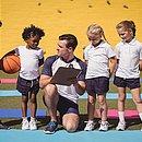 A formação do professor de Educação Física deverá incluir uma habilitação para o treinamento desportivo, em especial o desporto educacional