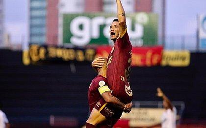 Thiago Neves marcou o único gol da partida