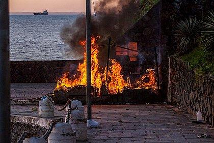 Internada no HGE, vítima de atentado na Barra morre após ter 92% do corpo queimado