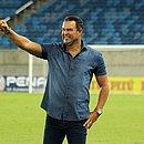 Roberto Fernandes é técnico do América-RN