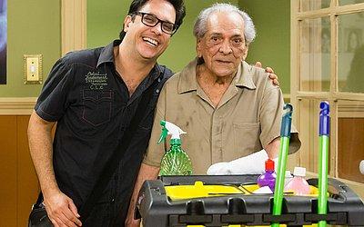 O ator com Lúcio Mauro Filho, na nova Escolinha