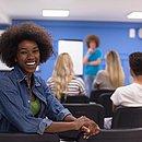 O benefício do CadÚnicoé para estudantes que tenham renda familiar per capita de até meio salário mínimo