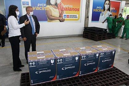 Bahia recebe primeiro lote com vacinas da Pfizer; todas as doses ficam em Salvador