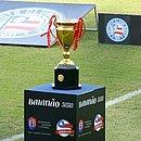Troféu do Campeonato Baiano conquistado pelo Bahia em 2020