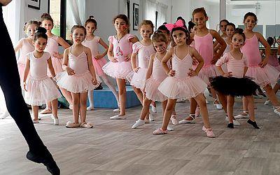 Aula de ballet no centro cultural russo-libanês, na cidade de Aley, a leste de Beirute.