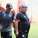Geninho começou a treinar o Vitória na sexta-feira, dia 20