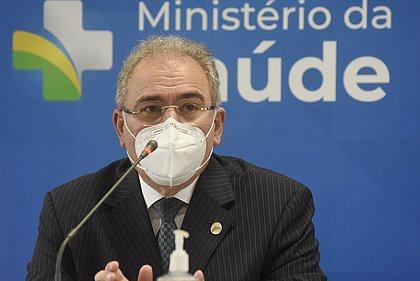 Queiroga diz que 4 milhões de doses do Covax chegam neste fim de semana ao Brasil