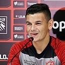 Meia Ruy se diz confiante na estreia do Vitória na Série B do Campeonato Brasileiro