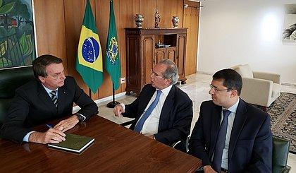 Bolsonaro: governo vai ofertar vacina gratuita e não obrigatória